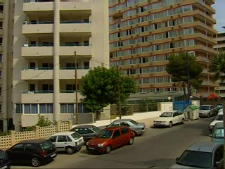 Comunidad Valenciana, Spagna: Thomson.co.uk video of the LAS TORRES in Benidorm, Costa Blanca