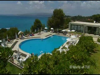 Thomson.co.uk video of the White Rocks Hotel in Lassi, Kefalonia