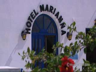Thomson.co.uk video of the Marianna in Perissa, Santorini