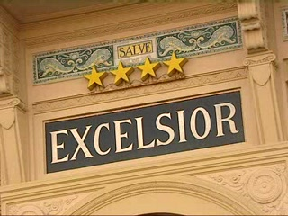 Thomson.co.uk video of the Grand Hotel Excelsior in Viareggio, Tuscany
