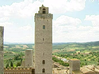 Thomson.co.uk video of the Le Torri Gemelle in San Gimignano, Tuscany