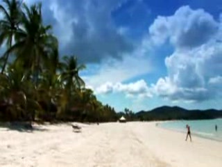 Pantai Cenang, Malasia: kuoni.co.uk video presenting Meritus Pelangi Beach and Spa Resort, Mal