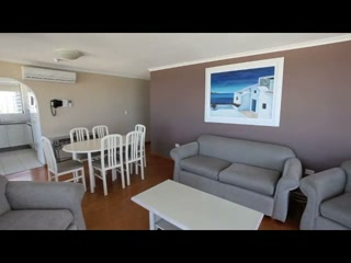 Surfers Beachside Holiday Apartments - Your ideal holiday is close