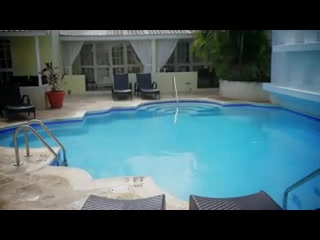 Island Inn Hotel: Island Inn Barbados Video
