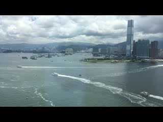 Four Seasons Hotel Hong Kong : Victoria Harbour view