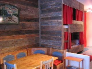 LARGE STUDIO Avoriaz 4 PERS - COMFORT, CHARM AND OLD WOOD
