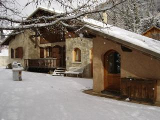 LARGE INDEPENDENT CHALET FOR 10/12 PEOPLE SERRE CHEVALIER 1400 m