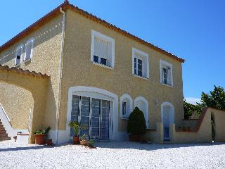 LOVELY VILLA, EXCEPTIONAL LOCATION 200m ARGELES SUR MER BEACH
