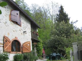 Valchiusella province of Turin: Cabin in the mountains