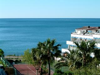 Duplex apartment first line of beach. Magnificent sea views from two terraces.