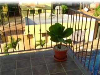 Just steps from Tamarindo Beach nice Condo