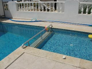 villa with private pool for rent