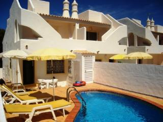 Peter - 2 Bedrooms Semi-Detached Villa w/ Pool