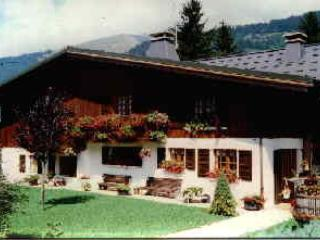 APARTMENT 10/12 PERS CHALET IN MORZINE CENTER