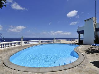 """VIVENDA SAO PEDRO APARTMENTS"" -T3, POOL,SEA VIEW"