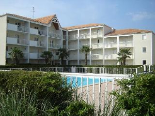 A 250 Mtres de la plage; appartement T2 en rsidence 2/4 personnes