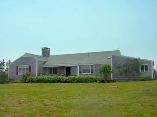 Heavenly 4 BR, 3 BA House in Nantucket (8392)