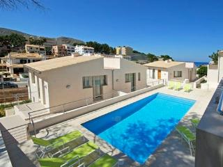 Holiday home in Cala Sant Vicenc-331166