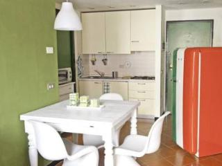Charming flat for 2 or 4 in the center of Verona