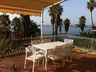 Amazing seaside location in Acitrezza