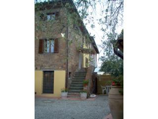 "Apartment ""Leonardo""in cortona's country (2bd)"