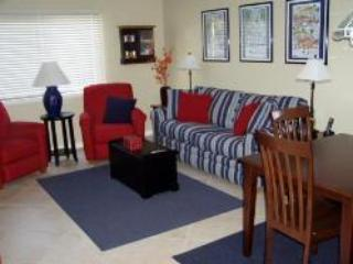 One Bedroom Destin Condo with Balcony/Lanai