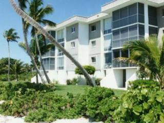 2 bedroom condo on  famous  shelling beach