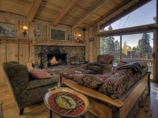 Tash Luxury Vacation Rental in Lake Tahoe -Hot Tub