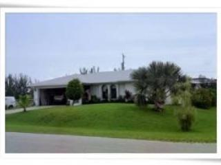 Nothing Fancy 3 Bdrm/2 bath w/pool, Cape Coral FL