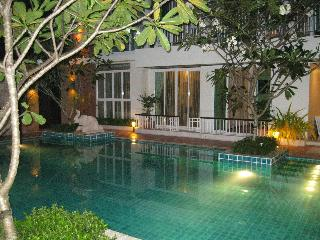 Two bedroom poolside condo Bophut