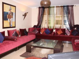 MAGNIFICENT APARTMENT ON BD MOHAMED V; INTERNET, SATELLITE TV AND AIR CONDITIONING. IDEAL FOR SHORT AND MEDIUM-LENGTH STAYS