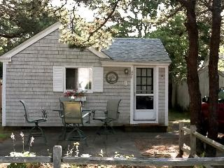 A Jewel of a Cottage, Just Steps from the Beach!