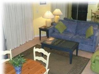 1BR/Bunks Beach Condo - Low Rates - 5-Star Rating!