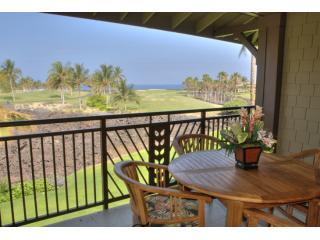 Amazing Oceanview from the Lanai to enjoy your morning coffee and view the sunset.