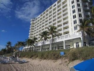 Updated Room ! Pelican Grand - Right on Ocean ! 2 Queen Beds