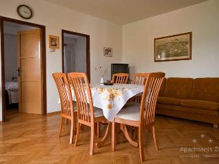 Cozy apartment, view on sea, only 50m from beach