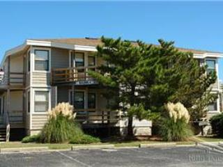 0395 Van Der Linde - Fabulous 1 BR, 1 BA The Banks Condo in Kill Devil Hills