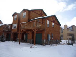 Dillon Townhome 3 bedroom 3 bath Buckridge