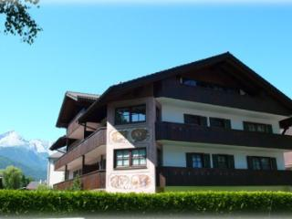 Vacation Apartment in Garmisch-Partenkirchen - 646 sqft, comfortable, bright, nice views (# 3598) #3598