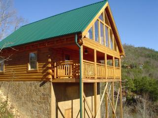 Bearadise Luxury Log Cabin Rental In The Smokies