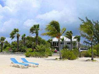 A Providenciales Treasure - The Spray ESTATE!