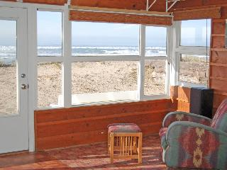 Beach Front Cabin in Rockaway Beach