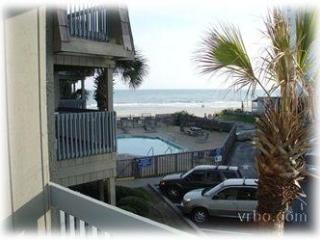 Great Location. Ocean Front Access W/ Ocean View!