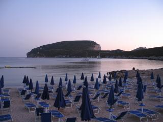 Capo Caccia Villa, 30 meters from Marecon, independent garden