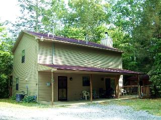 Evergreen - 3 Br 2 Ba near downtown Gatlinburg