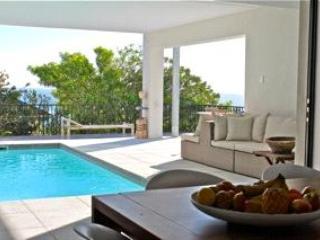 Luxury 3 bedroom villa in Camps Bay