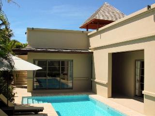 Luxury 2-bedroom private pool villa in Bang Tao