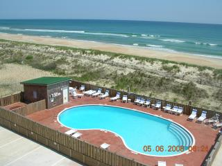 Hatteras Island Top Floor Oceanfront Condo 2 BR