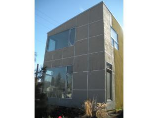 NEW 3 Bd, 2.5 Bth Modern House Bend OR* SKI NOW