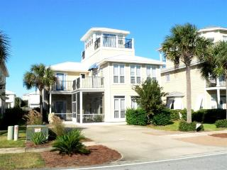 1st Class Home w/Private Pool - Steps to Beach!!!